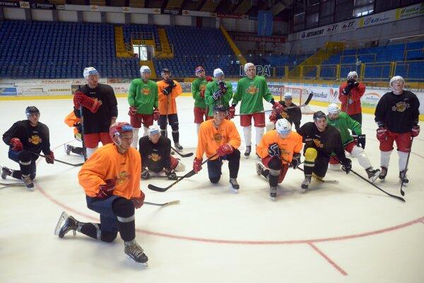 Zvolenskí hokejisti počas prípravy na novú sezónu.