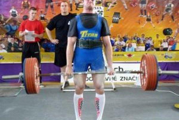 Na poslednom podujatí zdvihol Oravčan v mŕtvom ťahu 270 kg.