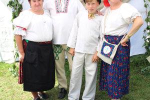 Rodina Kubačkovci, Žaškov – Trnkári