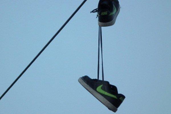 Pánska značková obuv v centre mesta.