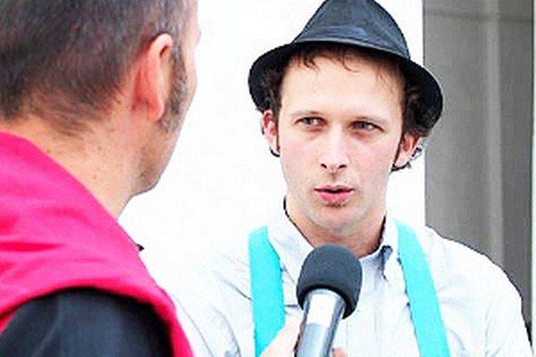 Výtvarník Luka Brase pochádza z Dolného Kubína.