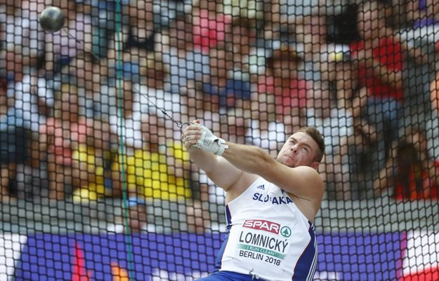 Slovenský kladivár Marcel Lomnický počas finále.
