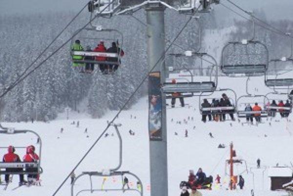 Najväčšie lyžiarske stredisko na dolnej Orave zatiaľ nie je na predaj.
