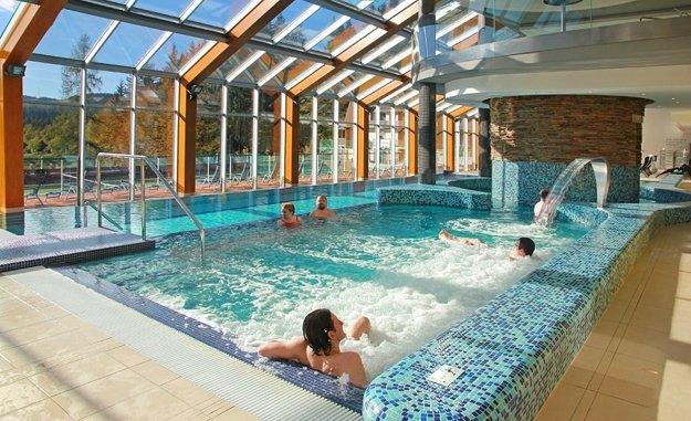 Termálne bazény vo Wellnes Hoteli Horal.