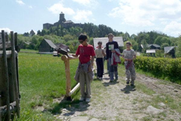 Ľubovnianske múzeum v prírode, ako prvé na Slovensku, otvorilo brány nevidiacim a slabozrakým návštevníkom.