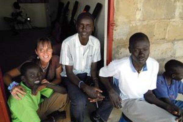 Sudánske deti Renáte prirástli k srdcu.