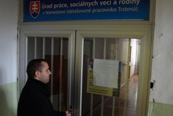 Úrad v Trstenej je zatvorený.