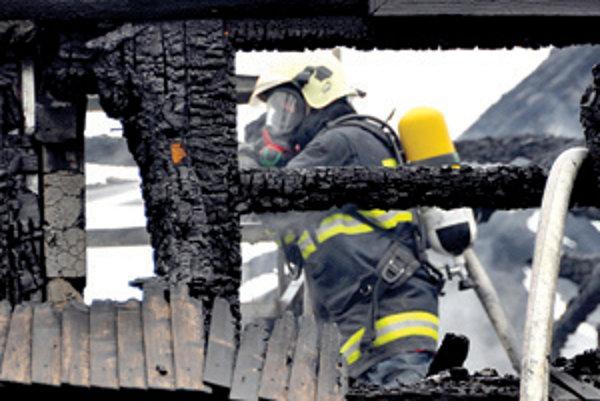 V nejednom prípade padnú za obeť plameňom drevené trámy podkrovia.