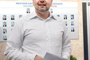Šéf petičného výboru Marcel Vrchota pripúšťa, že by mohli byť spojkou medzi mestom a investorom.