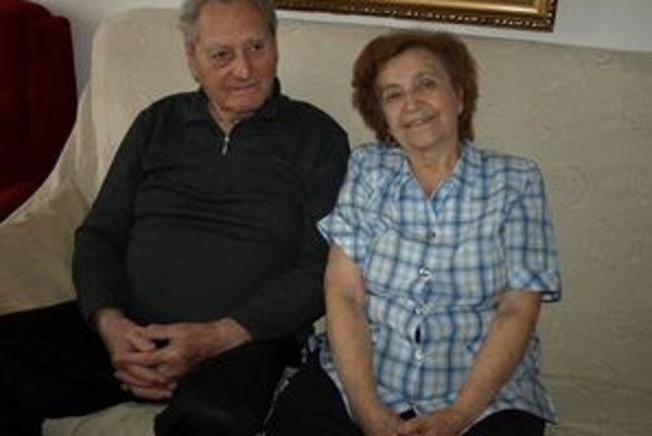 V spokojnom manželstve vychovali manželia Balkovci štyri deti a dnes sa tešia z dvanástich vnúčat a dvoch pravnúčat.
