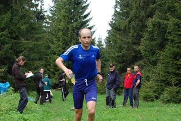 Dolnokubínčan Igor Otepka skončil v kategórii nad 40 rokov spomedzi Oravcov najlepšie.