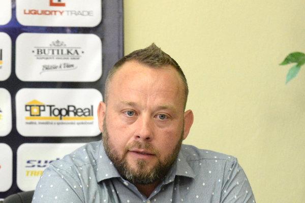 Tréner slovenskej osemnástky Albert Rusnák st.