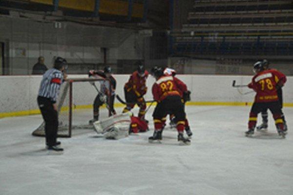 Topoľčany vyhrali nad Dubnicou prvý zápas.