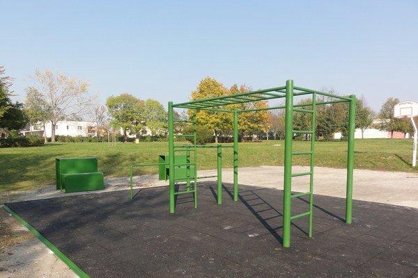 Nový workhout park sa nachádza v Parku športovcov.