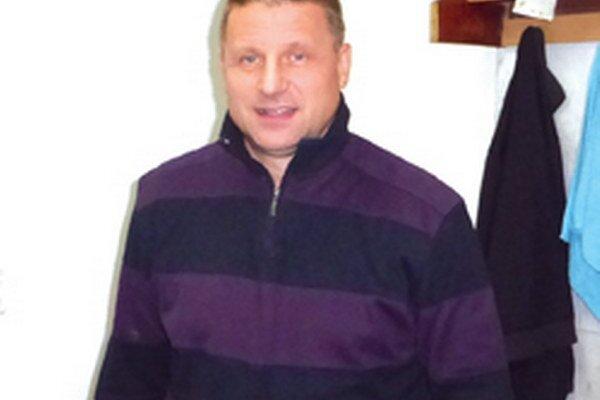 Tréner topoľčianskych juniorov - Ivan Dornič.