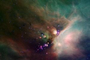 Spitzer robí pozorovania v infračervenom spektre. Vďaka tomu