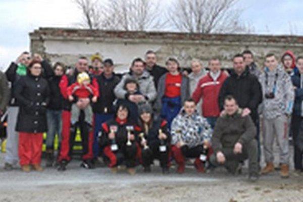 Členovia Autocrossu Topoľčany.