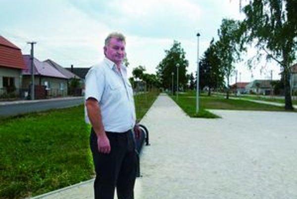 Starosta Roman Malárik chce v obci zaviesť LED osvetlenie.
