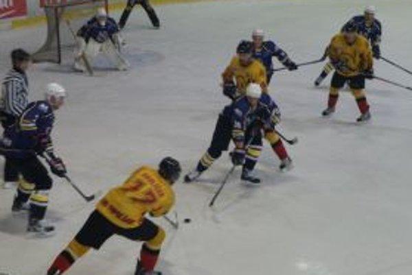 Topoľčany na ľade Prešova prehrali na nulu.
