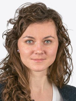 Gabriela Virostková, poradkyňa EPP (European People's Party) – politickej skupiny v Európskom parlamente. Za stranu pôsobí vo výbore pre zahraničné vzťahy a vo podvýbore pre ľudské práva