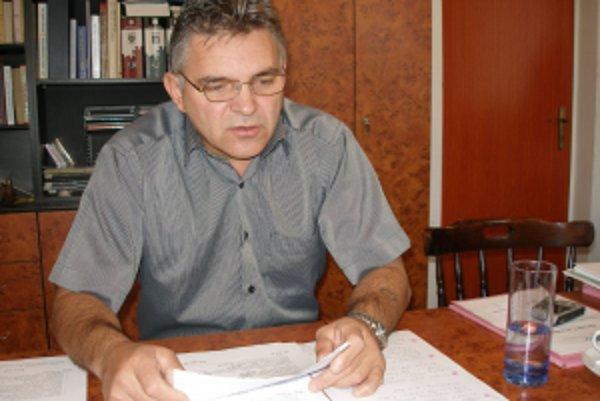 Starosta Práznoviec Jaroslav Blina chce získať čo najviac financií z eurofondov do roku 2013.