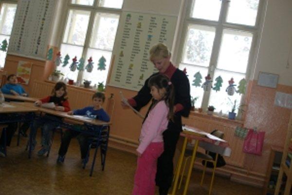 Triedna I. B Jozefína Pokusová každého žiaka zhodnotila aj slovne.