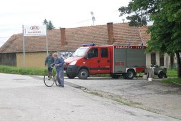 Počas povodní zasahovali aj dobrovoľní hasiči.