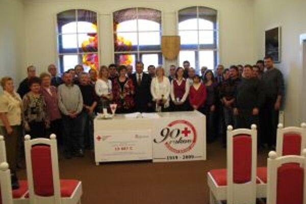 V tomto roku bolo z okresov Topoľčany, Bánovce a Partizánske ocenených 33 darcov.