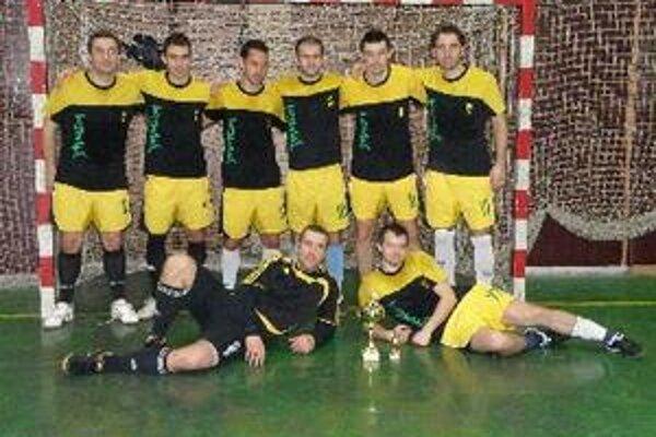 Jamajka vyhrala Topoľčiansku halovú ligu.