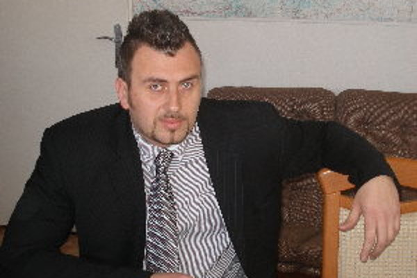 Starosta Peter Marko sa zoznámil s problémami Oponíc, v čase keď bol poslancom.