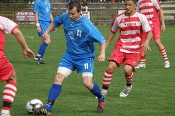 Jediný gól druhého zápasu strelil Mrázik.