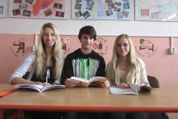 Zľava Liliana Baračová, Peter Baranovič, Tatiana Mira Bartková.