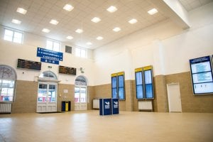 Nové priestory čakárne a vestibulu Hlavnej stanice Bratislava.