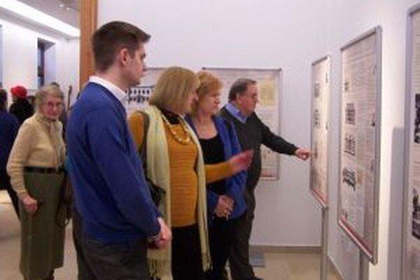V Múzeu Andreja Kmeťa sa už vystavovalo. Výstava bola venovaná rekonštrukcii budovy.