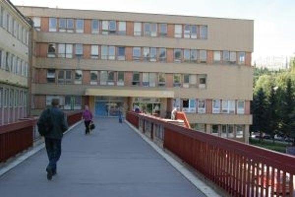 Prvou nemocnicou v Trenčianskom kraji, voči ktorej Sociálna poisťovňa dala podnet na exekúciu, bola považskobystrická.