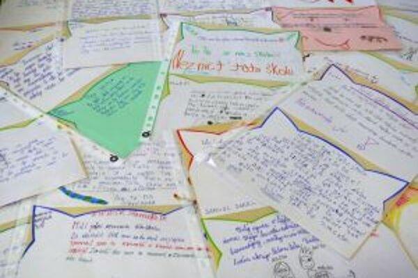 Vlna solidarity podporená tisíckou listov príjemne zaskočila aj skúsených pedagógov.