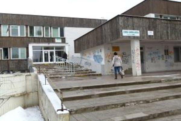 Aj poliklinika v Košútoch má už nových majiteľov.