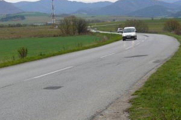 Cesta z Martina do Dražkoviec už dávno nie je pokojná.