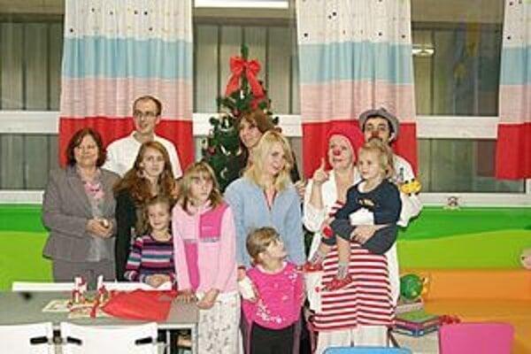 Deti v považskobystrickej nemocnici dostali pekný darček.