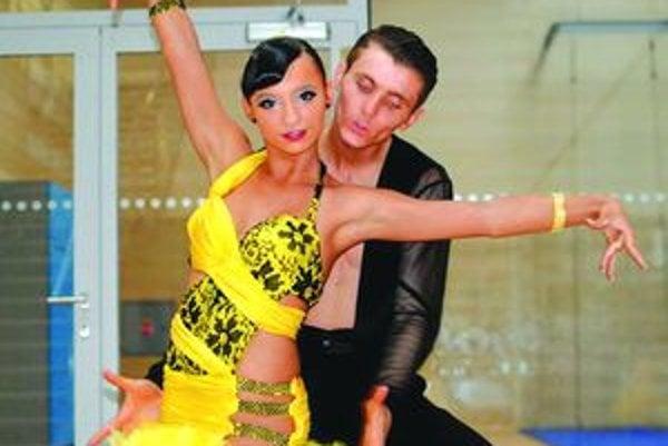 Veronika Csemanová a Marián Chladný z martinskej Sundance Academy sa pretancovali do skupiny A.