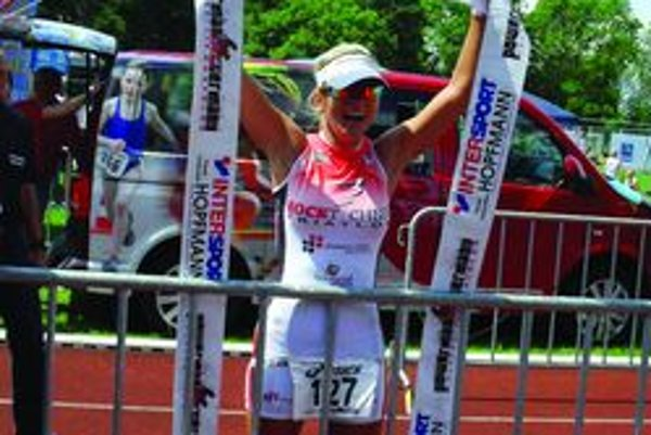 Kristína Lapinová si stále drží víťaznú fazónu.