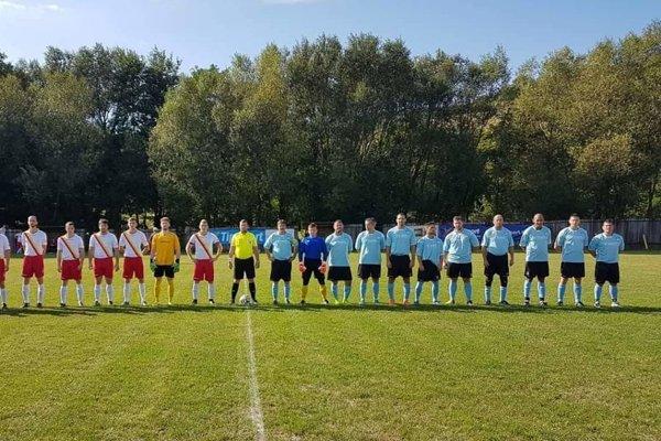 Futbalisti Sokola Pača sú vpravo.ZDROJ: ARCHÍV I. DEMJÁNA