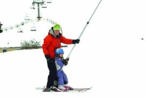 Na lyžiarsky môže ísť každý kto chce. Žiadne rozdiely sa nerobia.