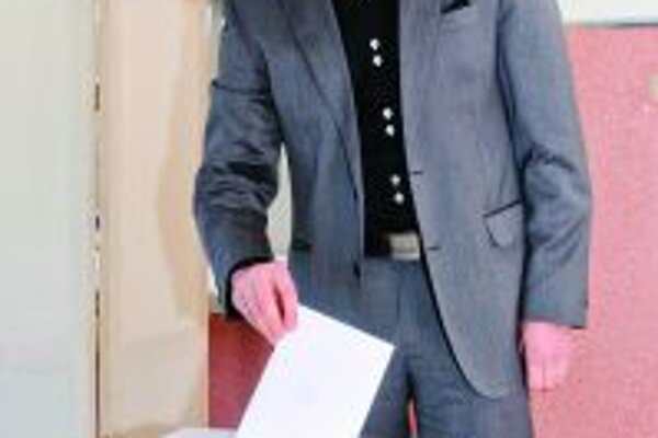 Andrej Hrnčiar hlasoval v okrsku na MsÚ v Martine.