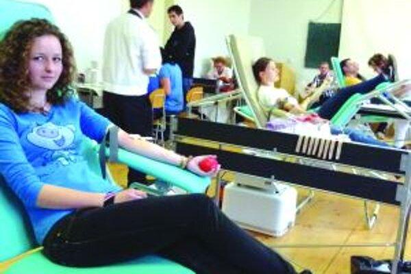 Prvodarkyňa - Slovianska hasička Veronika Koštáliková darovala krv prvýkrát.