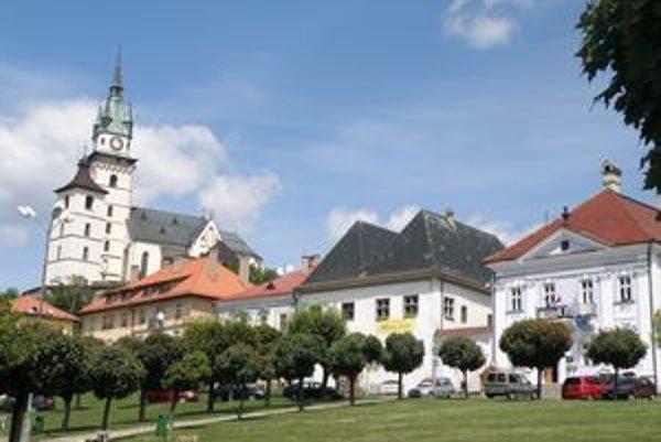 Centrum Kremnice sa zachovalo v rovnakom stave ako v stredoveku. Zmizol len kostol, ktorý spadol, keď Kremničania podkopali mesto kvôli zlatu .