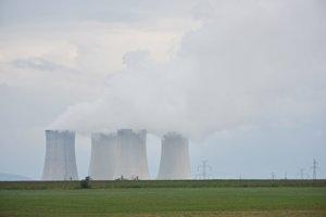 Jadrová elektráreň v Jaslovských Bohuniciach na aktuálnej fotografii.