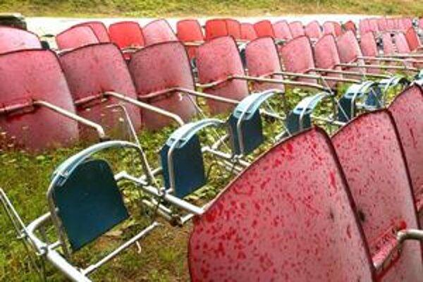 Staré sedačky na Martinských holiach.