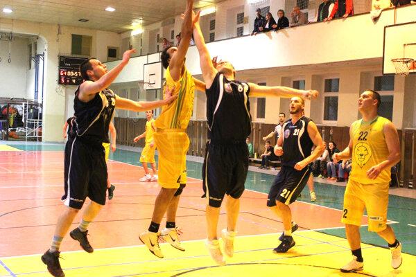 Levické béčko si dá od súťažného basketbalu minimálne jednu sezónu pauzu. Všetko bude následne záležať od počtu hráčov.