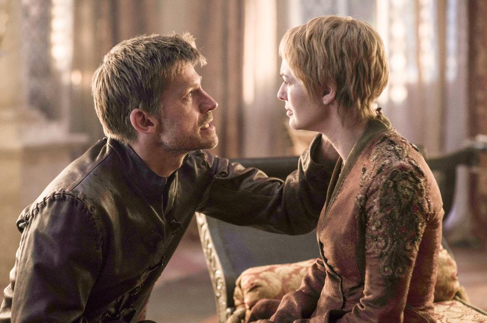 Jamie a Cersei Lannister (Lena Headey) opäť spolu.